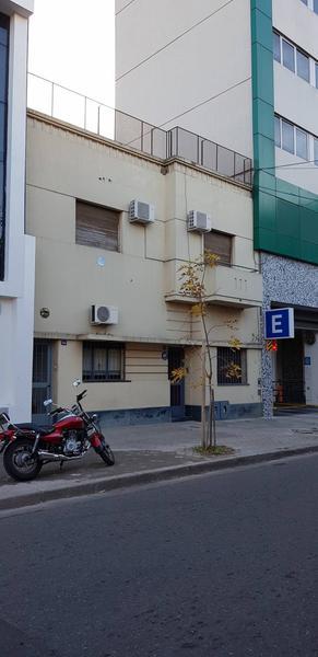 Foto Casa en Venta en  Abasto,  Rosario  Presidente Roca 2400