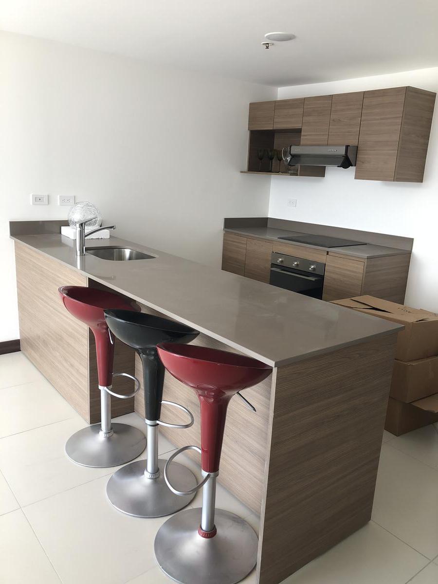 Foto Departamento en Renta en  Mata Redonda,  San José     Nunciatura/2hab/super vista/piso 24/amenidades