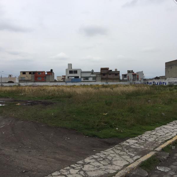 Foto Terreno en Venta en  Coaxustenco,  Metepec  Metepec, Estado de México. Terreno en venta con uso habitacional y comercial.