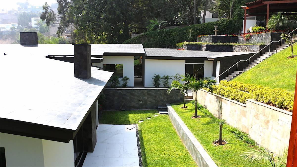 Foto Casa en Venta |  en  Santiago de Surco,  Lima  Jirón Bellavista 209