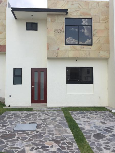 Foto Casa en condominio en Renta en  Juriquilla,  Querétaro  Casa en Renta en Cumbres de Juriquilla.