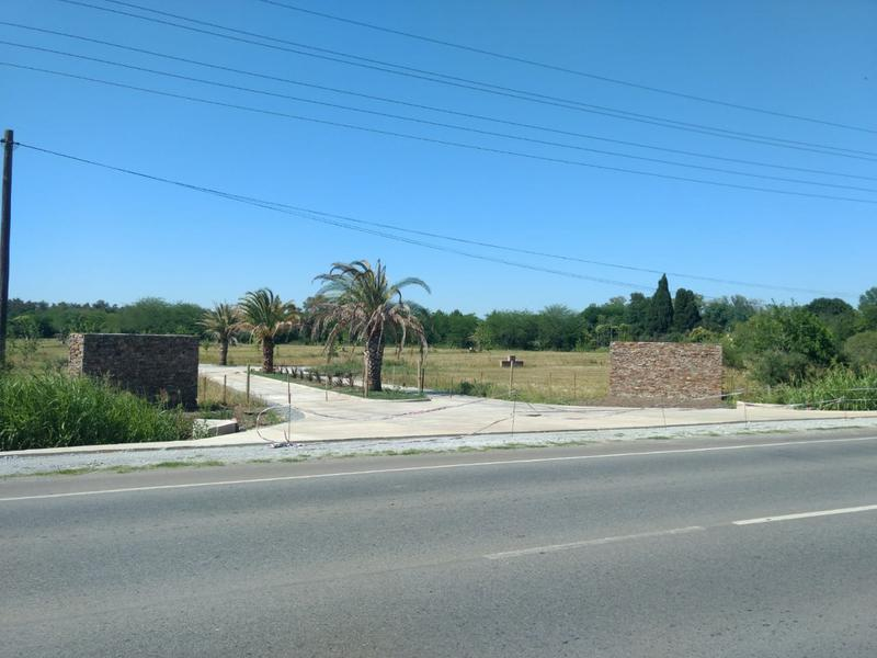 Foto Terreno en Venta en  Lujan ,  G.B.A. Zona Oeste  Ruta 7 y José María Perez -LOTE 7