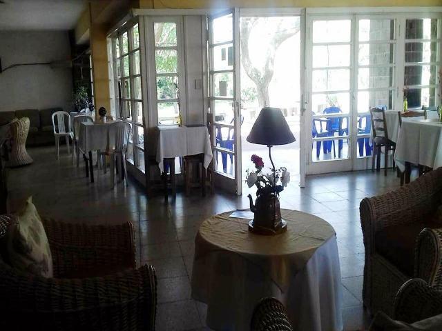 Foto Hotel en Venta en  Colonia del Sacramento ,  Colonia  Hostería en Balneario Santa Ana