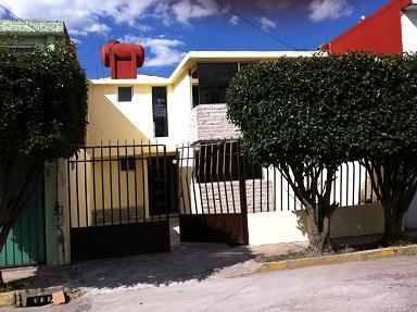 Foto Casa en Venta en  Casa Blanca,  Metepec  VENTA DE CASA EN CASA BLANCA METEPEC