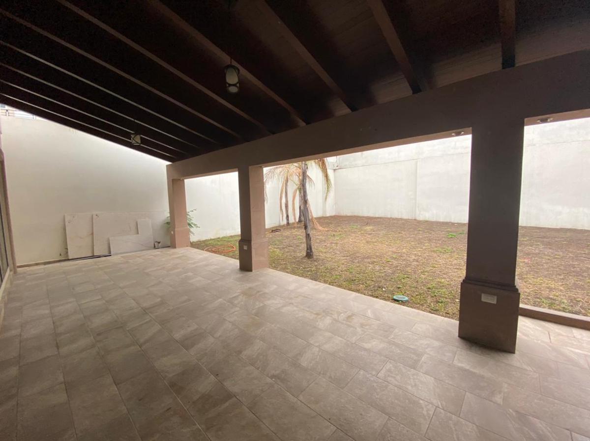 Foto Casa en Venta en  Sierra Alta 3er Sector,  Monterrey  Casa en Venta - Sierra Alta 3er Sector