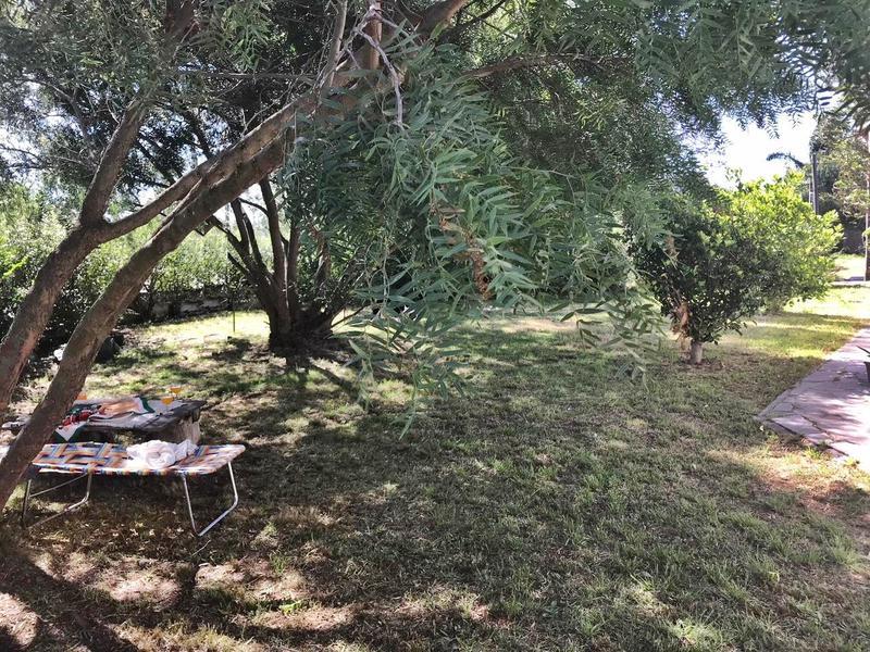 Foto Casa en Venta en  El Bosque ,  Canelones  Seco García Manzana al 200