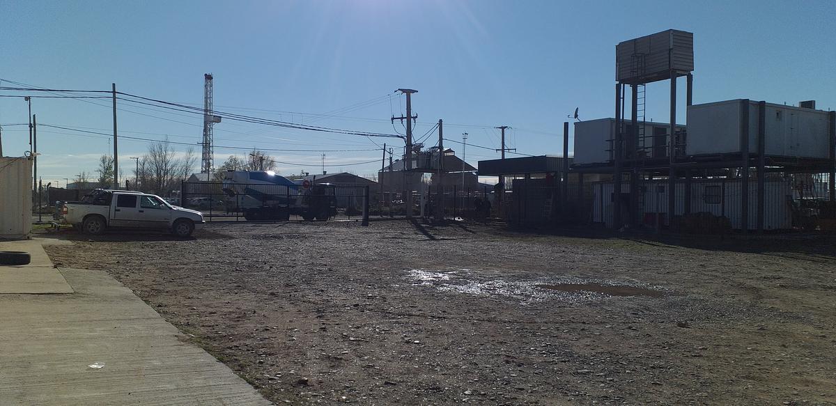 Foto Galpón en Alquiler en  Confluencia ,  Neuquen  Pin Oeste -Neuquen