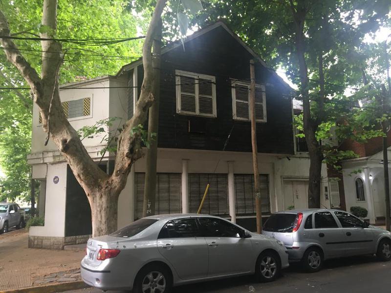 Foto Casa en Venta en  Vicente López ,  G.B.A. Zona Norte  Dr. Jose Penna al 800