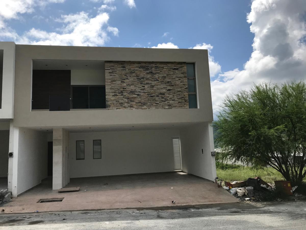 Foto Casa en Venta en  Vistancias 1er Sector,  Monterrey  Bosques de Vistancia