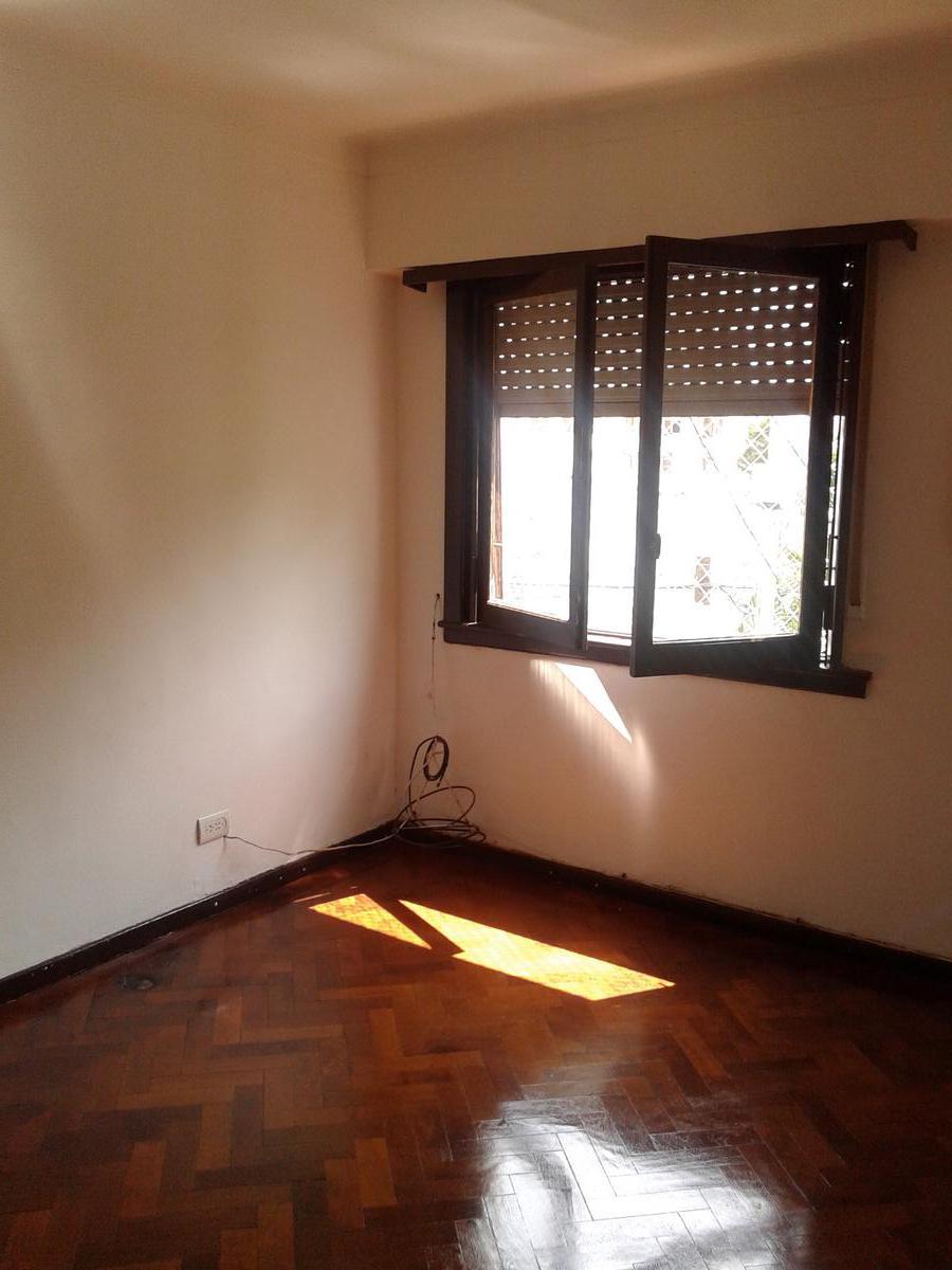 Foto Departamento en Alquiler en  Villa Devoto ,  Capital Federal  Desaguadero al 3700