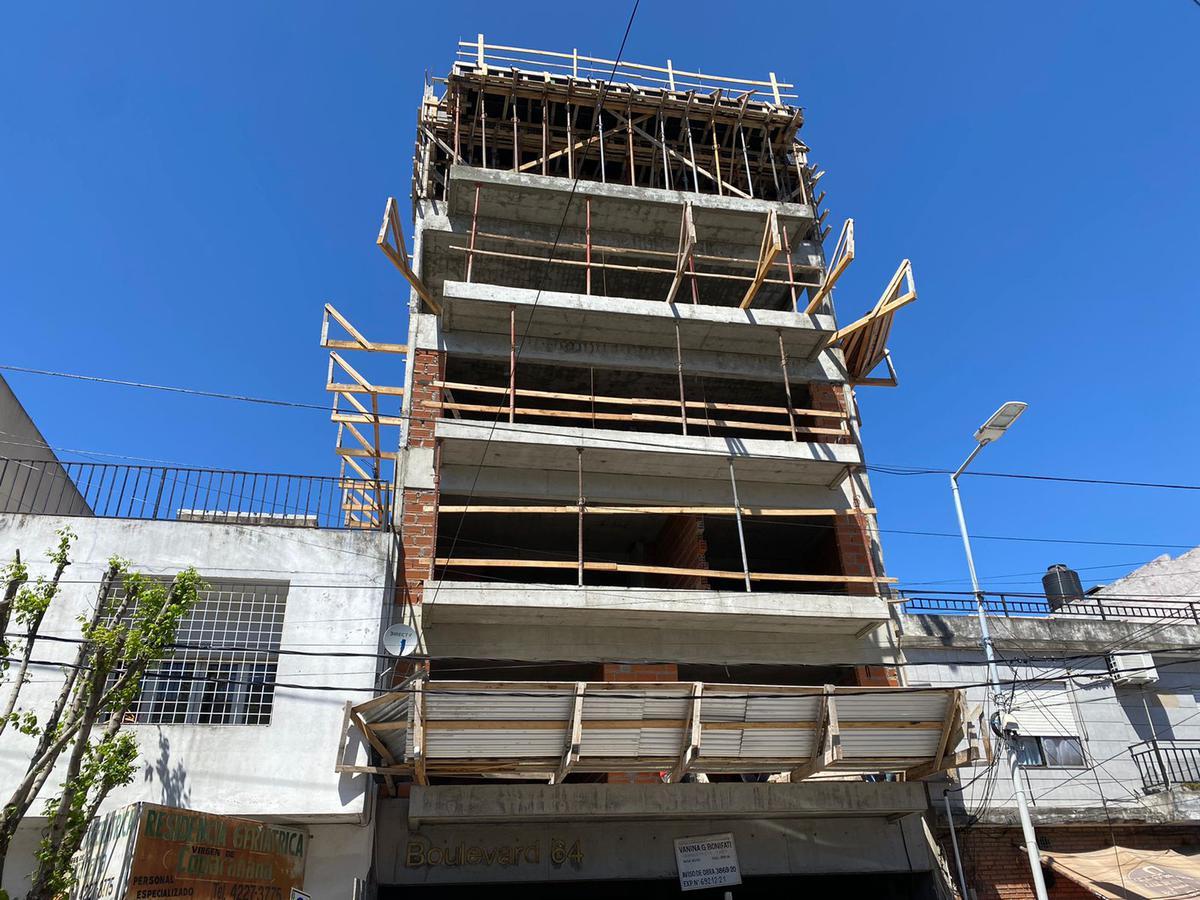 Foto Departamento en Venta en  Wilde,  Avellaneda  BOULEVARD 64 - 2 AMB
