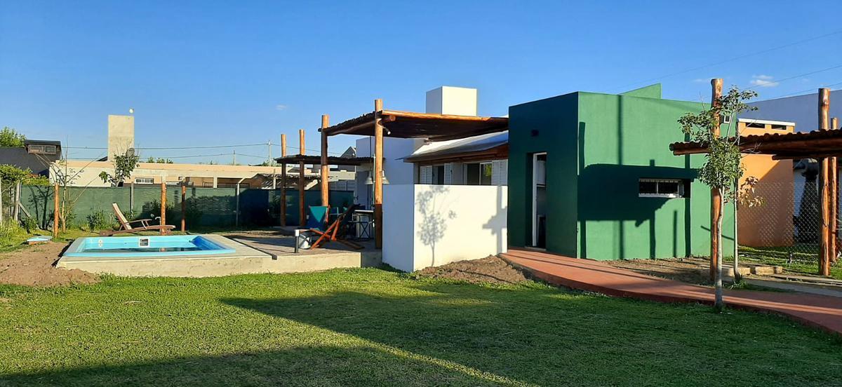 Foto Casa en Alquiler temporario en  Funes City,  Funes  Lomas de Avila 75