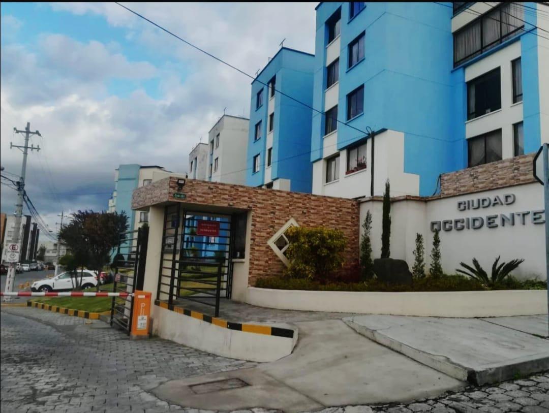 Foto Departamento en Venta en  Norte de Quito,  Quito       Amplio departamento 3 dormitorios, sector San Fernando