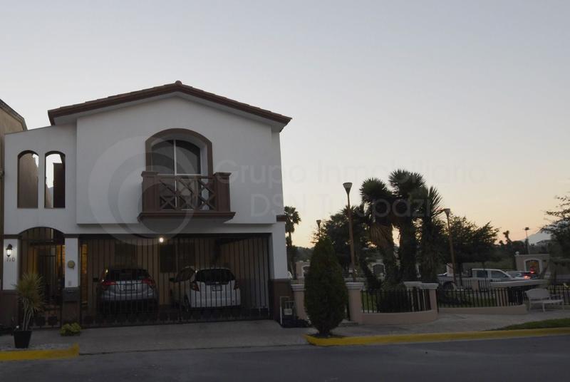 Foto Casa en Renta en  Cerradas de Cumbres Sector Alcala,  Monterrey  Renta Casa Cerradas de Cumbres NO AMUEBLADA