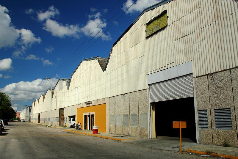 Foto Bodega Industrial en Renta en  Cordemex,  Mérida  Cordemex