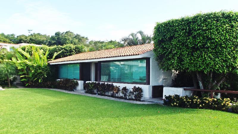 Foto Casa en Venta en  Cumbres Llano Largo,  Acapulco de Juárez  CASA EN CLUB RESIDENCIAL LA CIMA