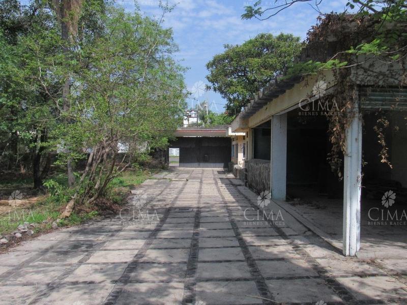 Foto Terreno en Venta en  Fraccionamiento Pedregal de las Fuentes,  Jiutepec  VENTA TERRENO PLANO - T29
