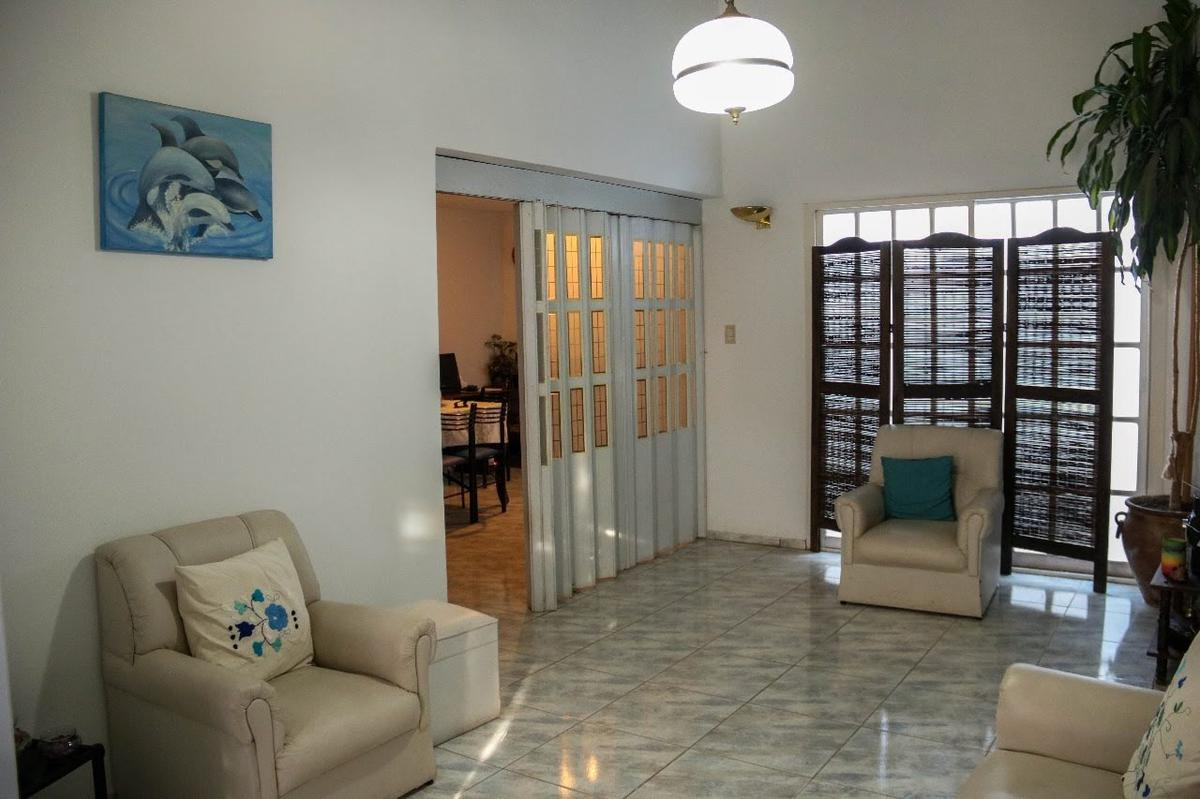 Foto Casa en Venta en  Poeta Lugones,  Cordoba  Vicente Fatone al 3000