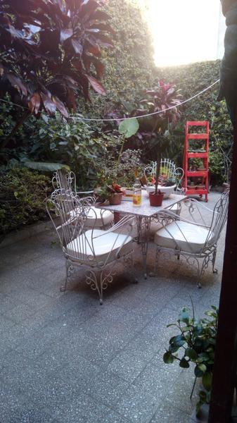 Foto Casa en Venta en  Rosario,  Rosario  Ovidio Lagos 85
