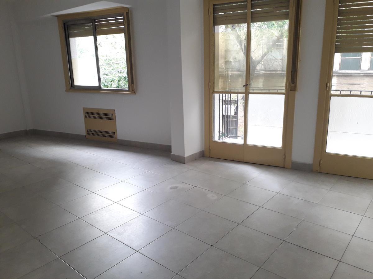 Foto Oficina en Alquiler en  Barrio Norte ,  Capital Federal  Junin al 900