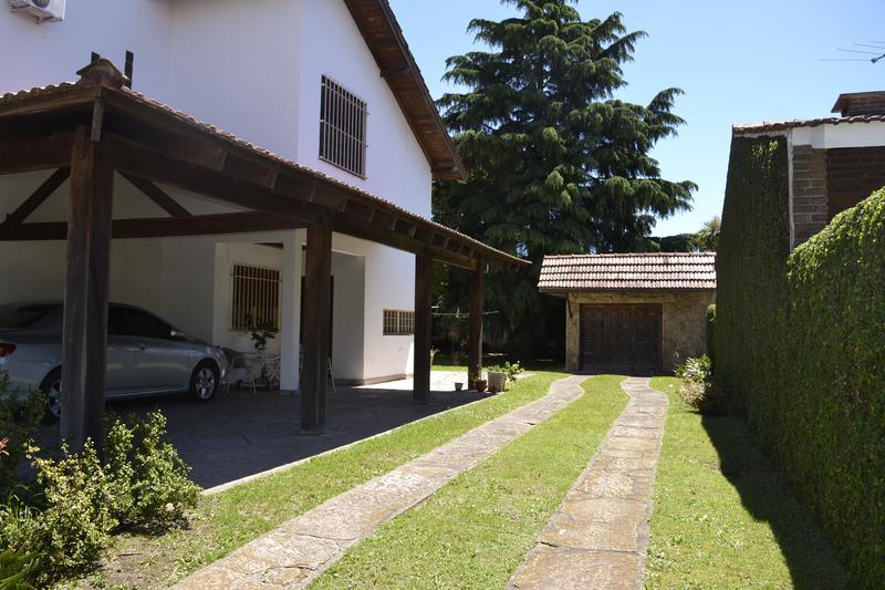 Foto Casa en Venta en  Bella Vista,  San Miguel  Maipu al 1400