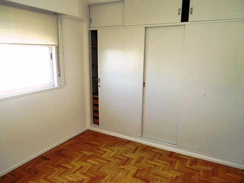 Foto Departamento en Venta en  Olivos-Vias/Maipu,  Olivos  Maipú, Av. al 2600