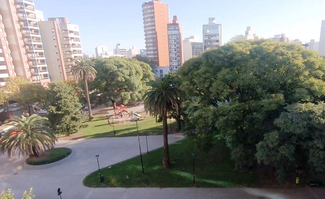 Foto Departamento en Venta en  La Plata ,  G.B.A. Zona Sur  PLAZA PASO e/ 13 y 44