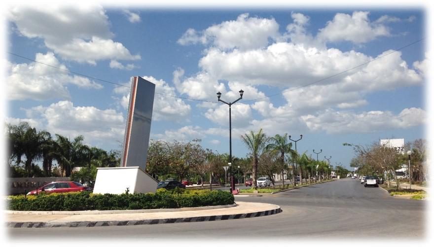 Foto Terreno en Renta en  Fraccionamiento Las Américas,  Mérida  Terreno Comercial 1,184 m2 en Avenida Y Esquina Zona Norte