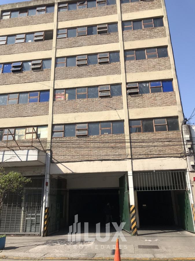 Cochera venta Mitre 1250 (entre Mendoza y 3 de Febrero) muy comoda - Centro