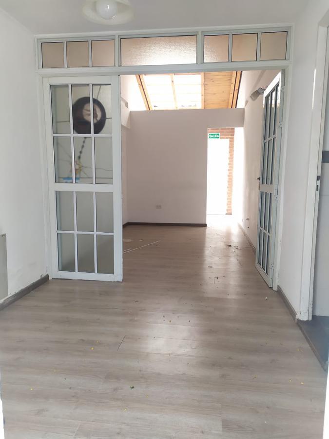 Foto Departamento en Venta en  Capital ,  Neuquen  Villegas al 800
