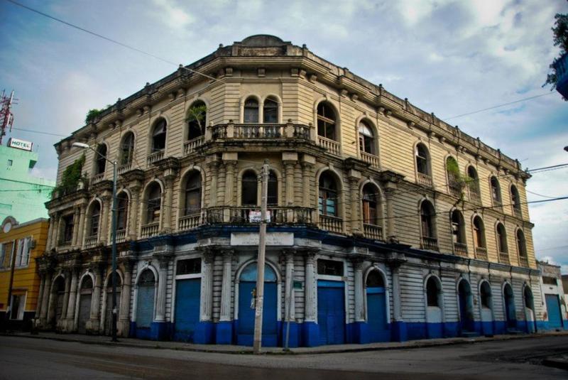 Foto Oficina en Venta en  Tampico Centro,  Tampico  COV1098-285 lona 102