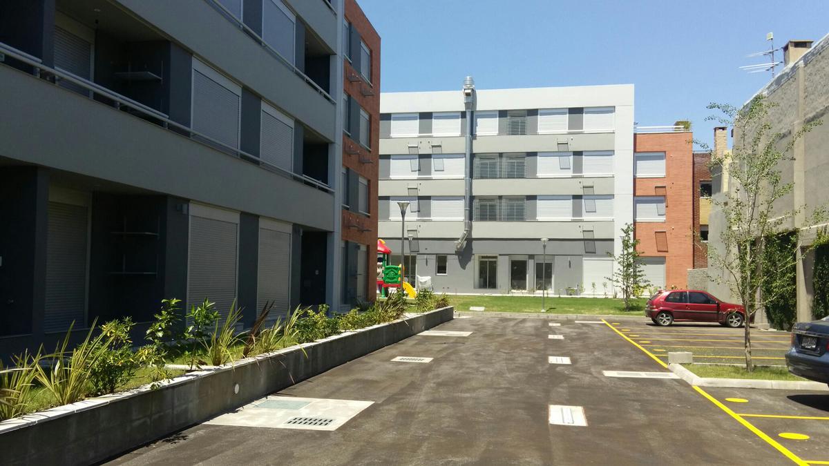 Foto Departamento en Alquiler en  Prado ,  Montevideo  Prado