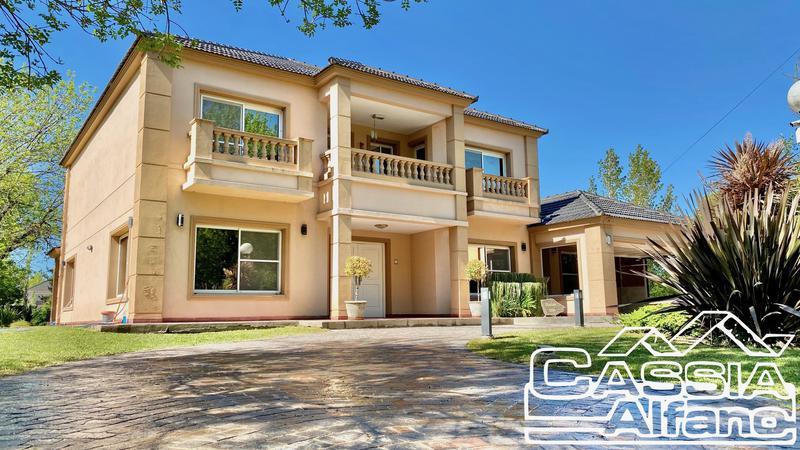 Foto Casa en Venta |  en  Parque Las Naciones,  Guernica  ITALIA 1257