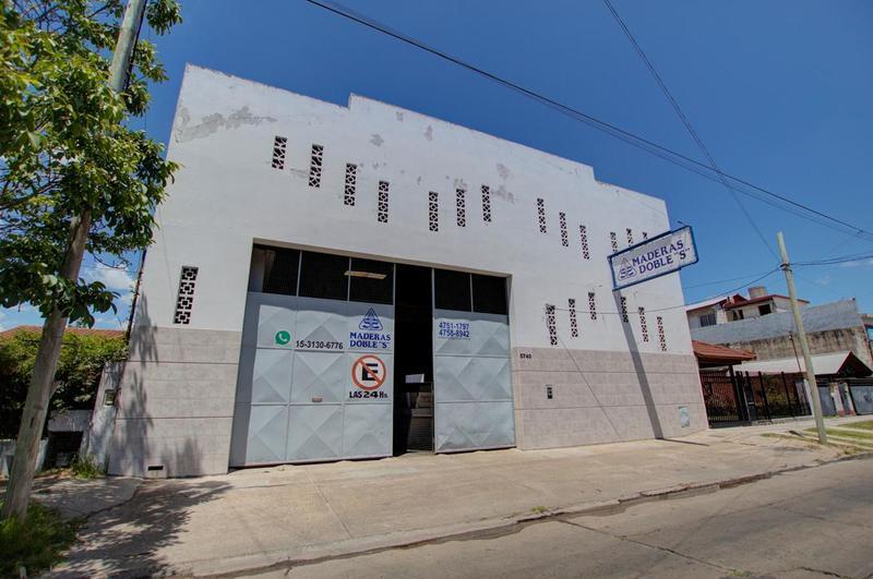 Foto Depósito en Venta en  Caseros,  Tres De Febrero  Agustín Cafferratta 5700