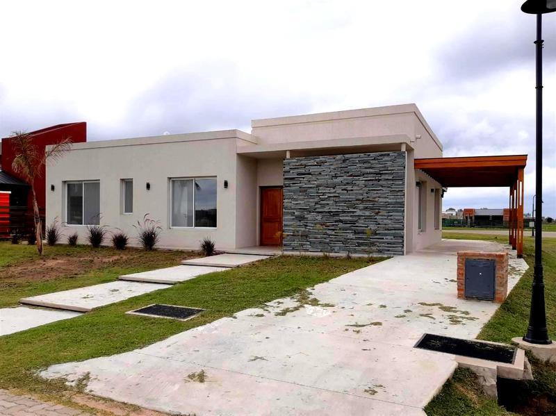 Foto Casa en Venta en  Los Talas ,  Canning (Ezeiza)  OPORTUNIDAD - Hermosa casa a estrenar en Los Talas - Canning