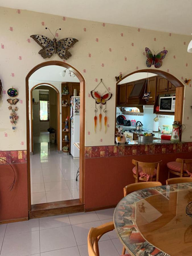 Foto Casa en Venta en  Remedios De Escalada,  Lanús  Manuel Castro al 700