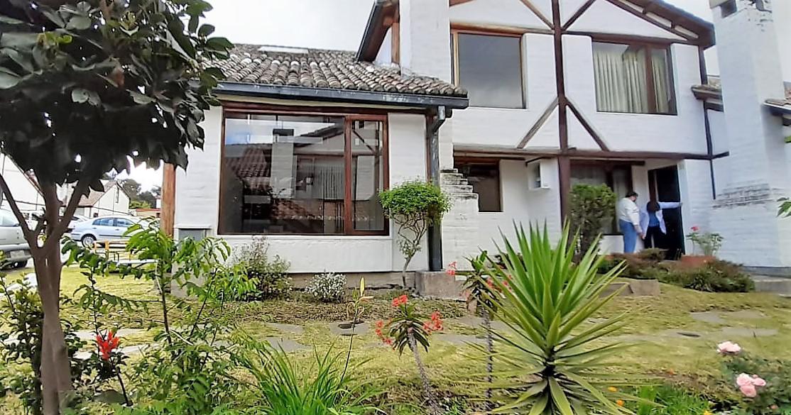 Foto Casa en Alquiler en  Sangolqui,  Quito  Sangolquí
