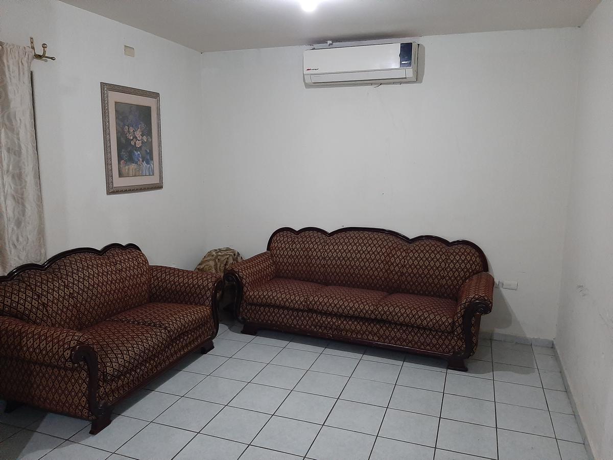Foto Casa en Venta en  Fraccionamiento Bugambilias,  Culiacán  CASA CON REC. EN PLANTA BAJA CULIACÁN
