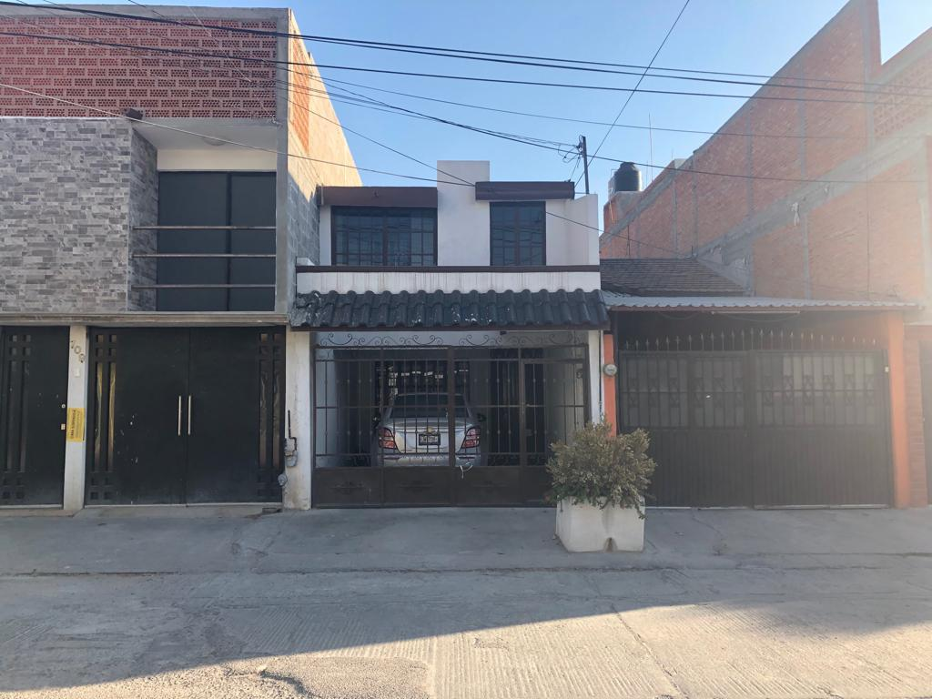 Foto Casa en Venta en  Abastos INFONAVIT,  San Luis Potosí  Ricardo B. Anaya