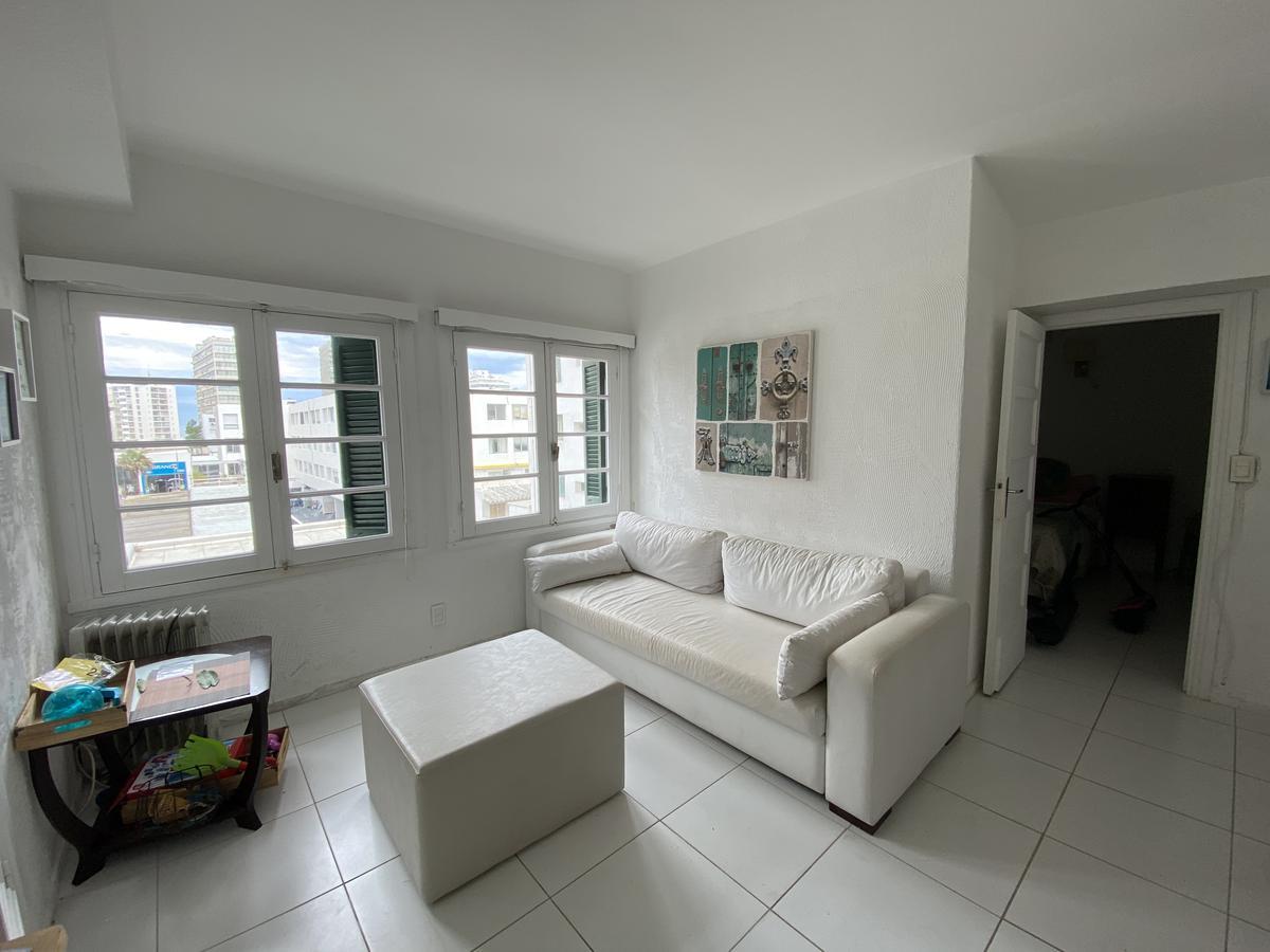 Foto Apartamento en Venta en  Península,  Punta del Este  Edificio Residencial Miguez