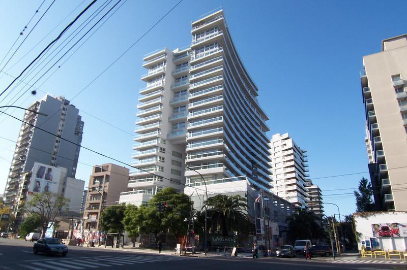 Foto Departamento en Alquiler en  Olivos,  Vicente Lopez  Av. Del Libertador 2400
