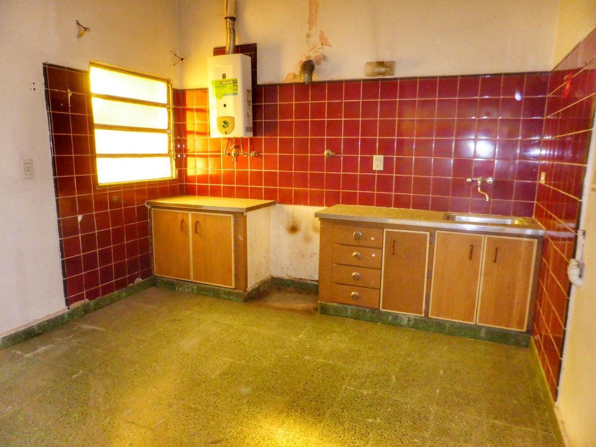 Foto Casa en Venta en  Tablada,  La Matanza  Montenegro al 400