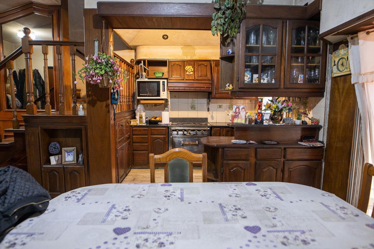 Foto Casa en Venta en  Sarandi,  Avellaneda  Deheza al al 700