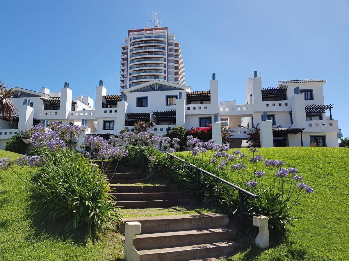 Foto Apartamento en Alquiler en  Playa Brava,  Punta del Este  Brava