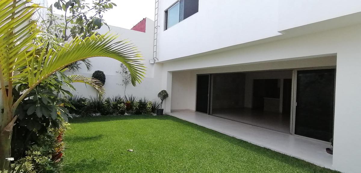 Foto Casa en Venta en  San Jerónimo,  Cuernavaca  Casa Sola en Venta San Gerónimo.
