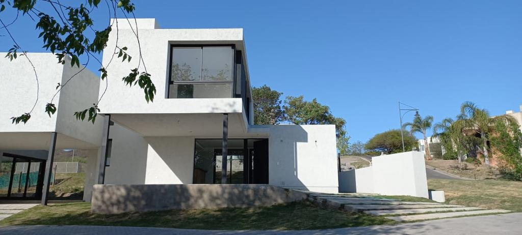 Foto Casa en Venta en  La Cuesta,  Countries/B.Cerrado (Cordoba)  Country La Cuesta