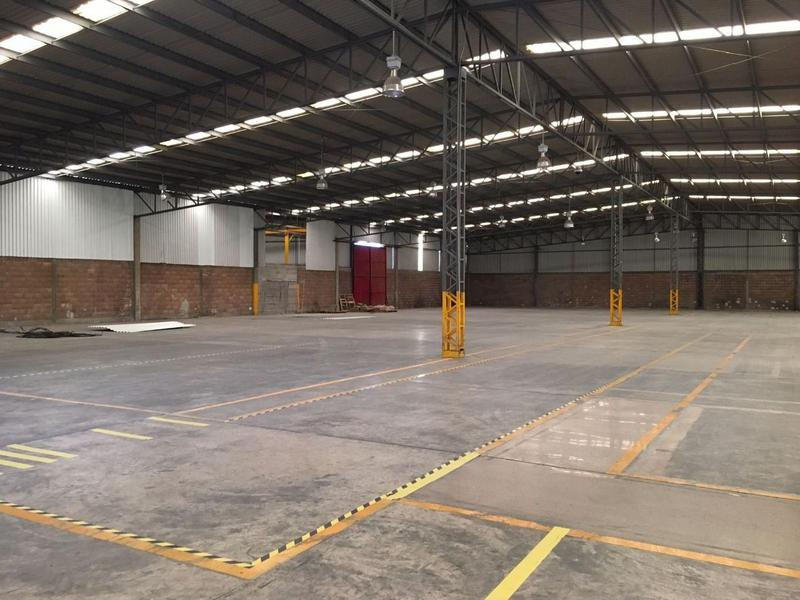 Foto Nave Industrial en Renta en  Zona Industrial,  San Luis Potosí  Renta de nave en zona industrial