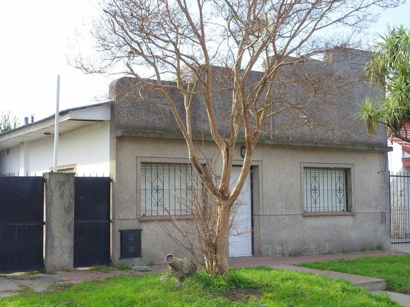 Foto Casa en Venta en  El Gaucho,  Mar Del Plata  El Cano entre Olazar y Vignolo
