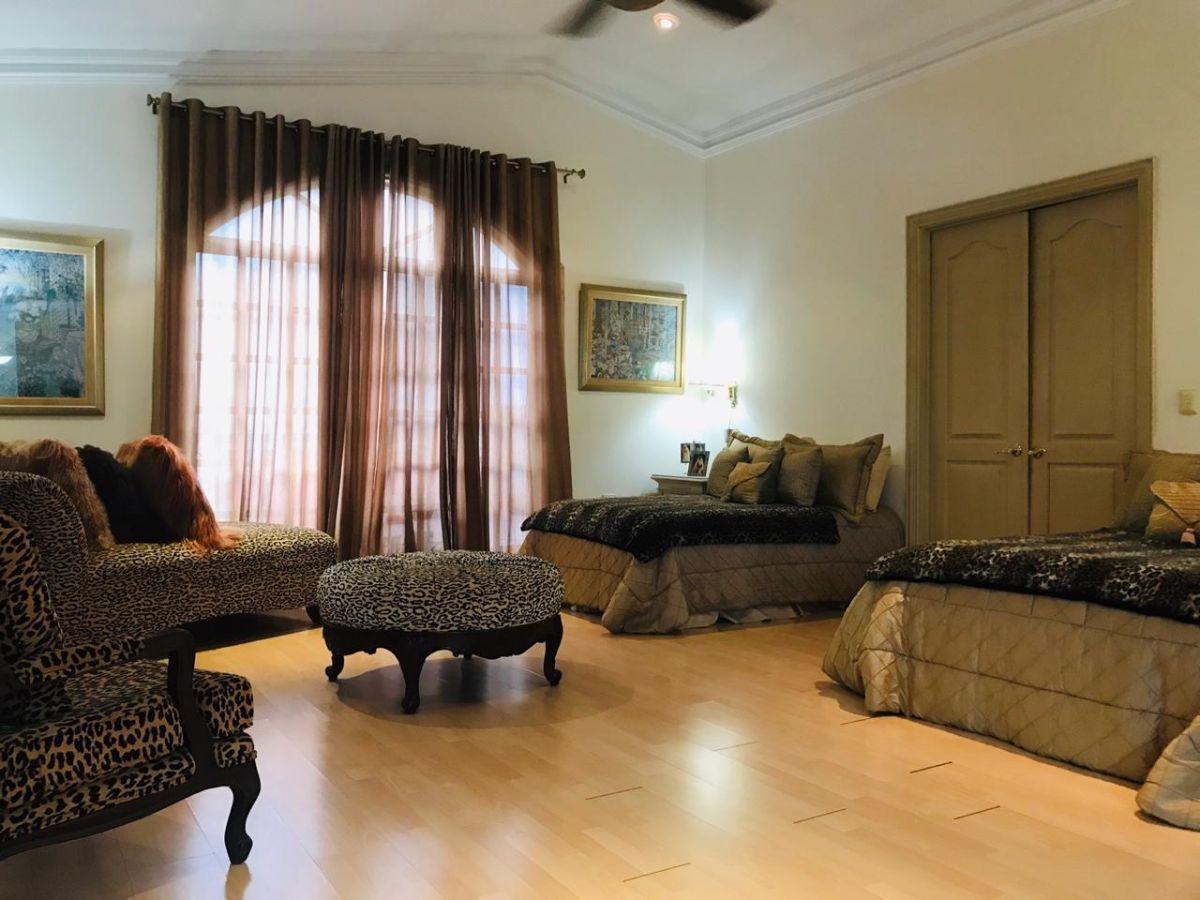 Foto Casa en Venta en  Colinas de San Jerónimo,  Monterrey  COLINAS DE SAN JERÓNIMO MONTERREY N L