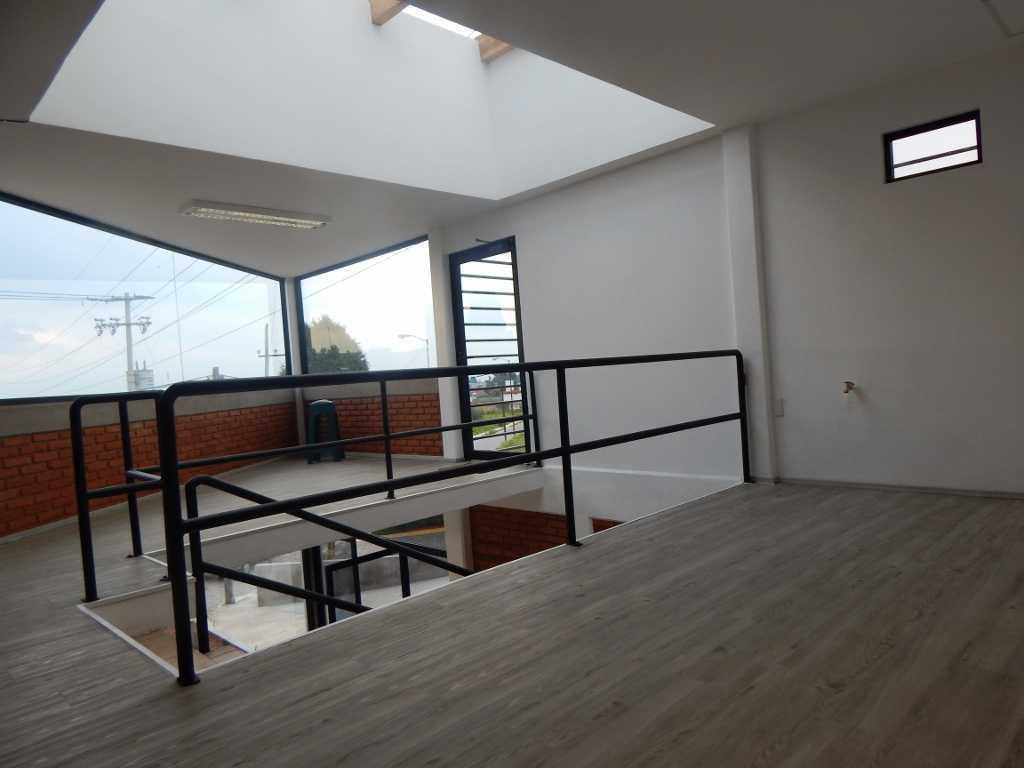 Foto Oficina en Renta en  Santa María Magdalena Ocotitlan,  Metepec  OFICINAS EN RENTA EN METEPEC